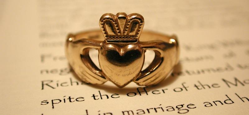 Claddagh Ring, il tradizionale anello irlandese
